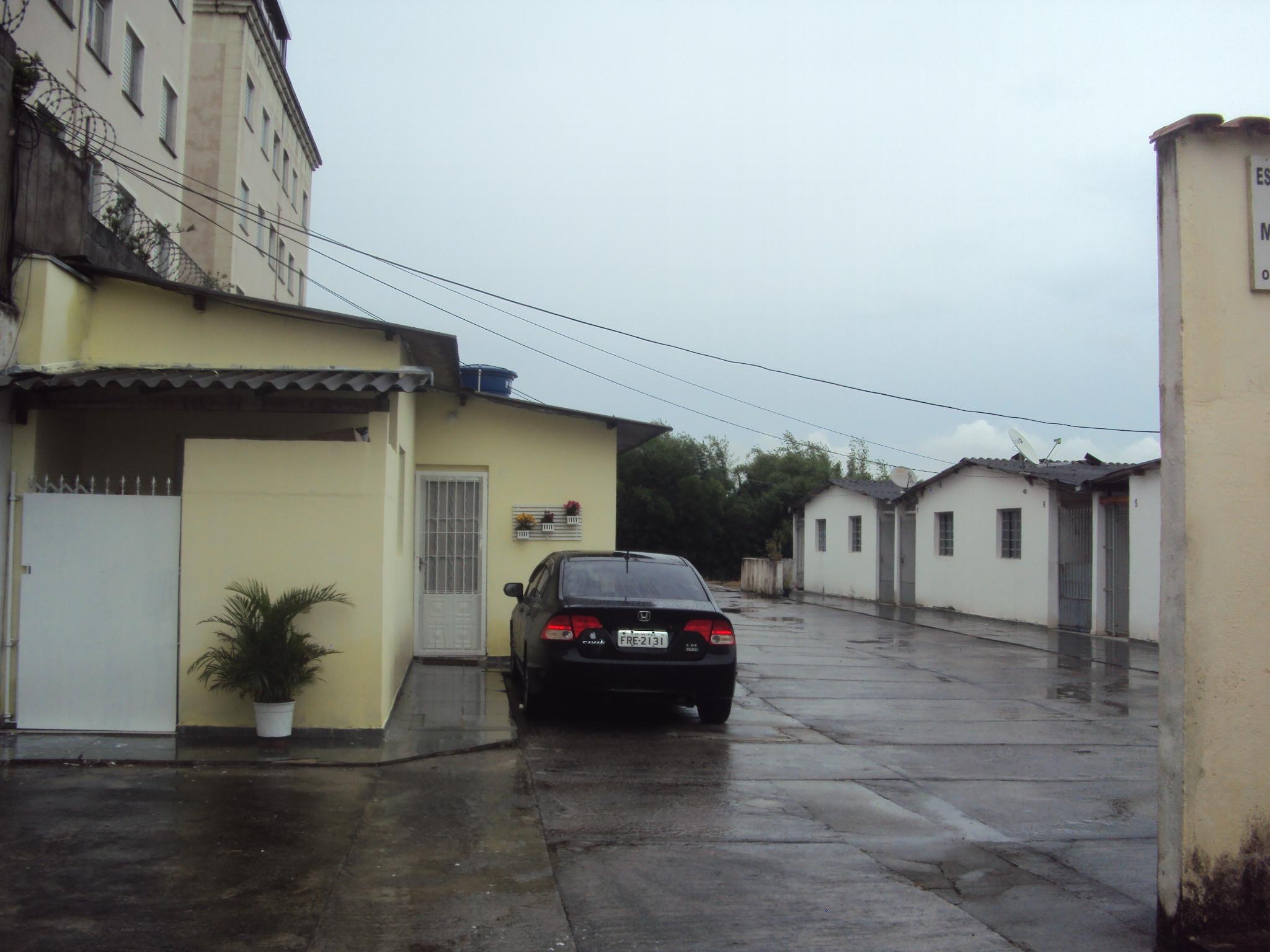 Alugo 4 Casas -Caputera -Referencia: 4285